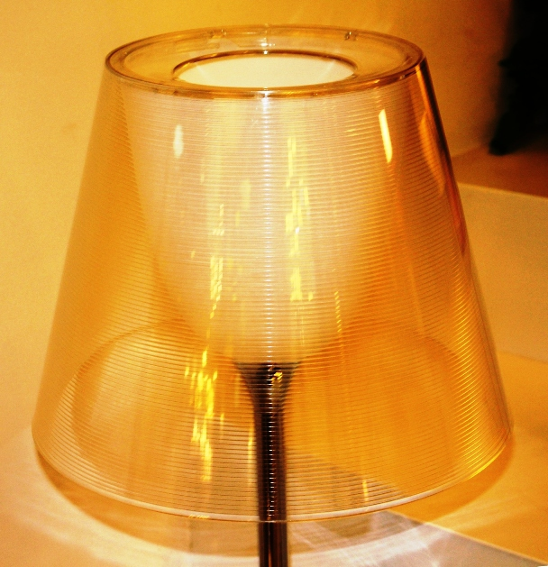 Flos ktribe t1 table lamp small grey by phillipe starck for Philippe starck glass table