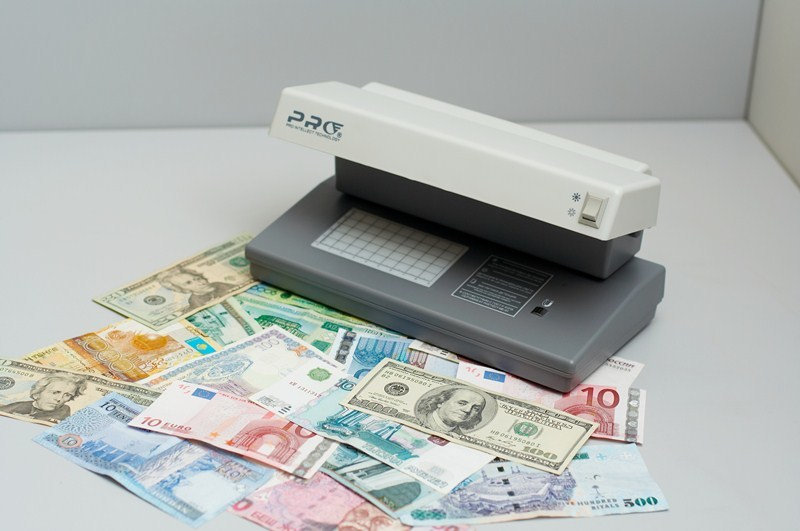 Детектор банкнот PRO 12 gray
