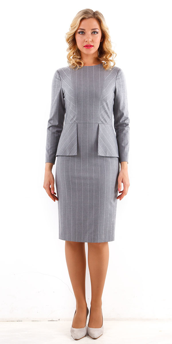 Платье З208-183 - Офисное, приталенное платье с длинным рукавом, классической длины. Изготовлено из качественной, костюмной ткани, которая будет безупречно держать форму, Модель украшенная баской создаёт элегантный,  изящный образ
