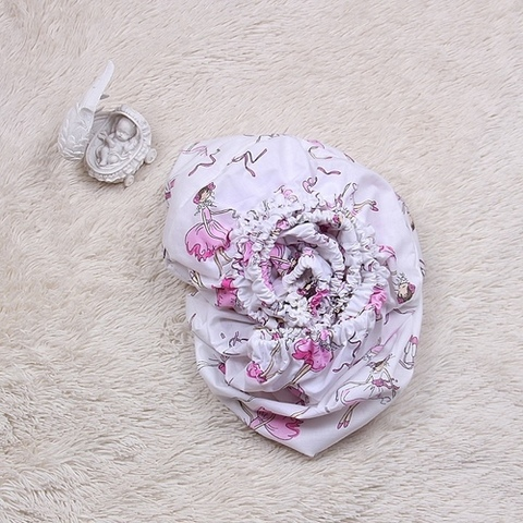 Простынь на резинке в детскую кроватку Балерины