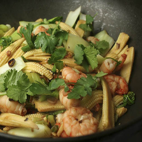 https://static-eu.insales.ru/images/products/1/5823/40580799/Prawn_corn_stir_fry.jpg