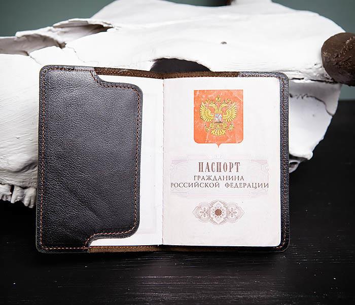 BC119-1 Обложка на паспорт из натуральной кожи с текстурой под дерево фото 06