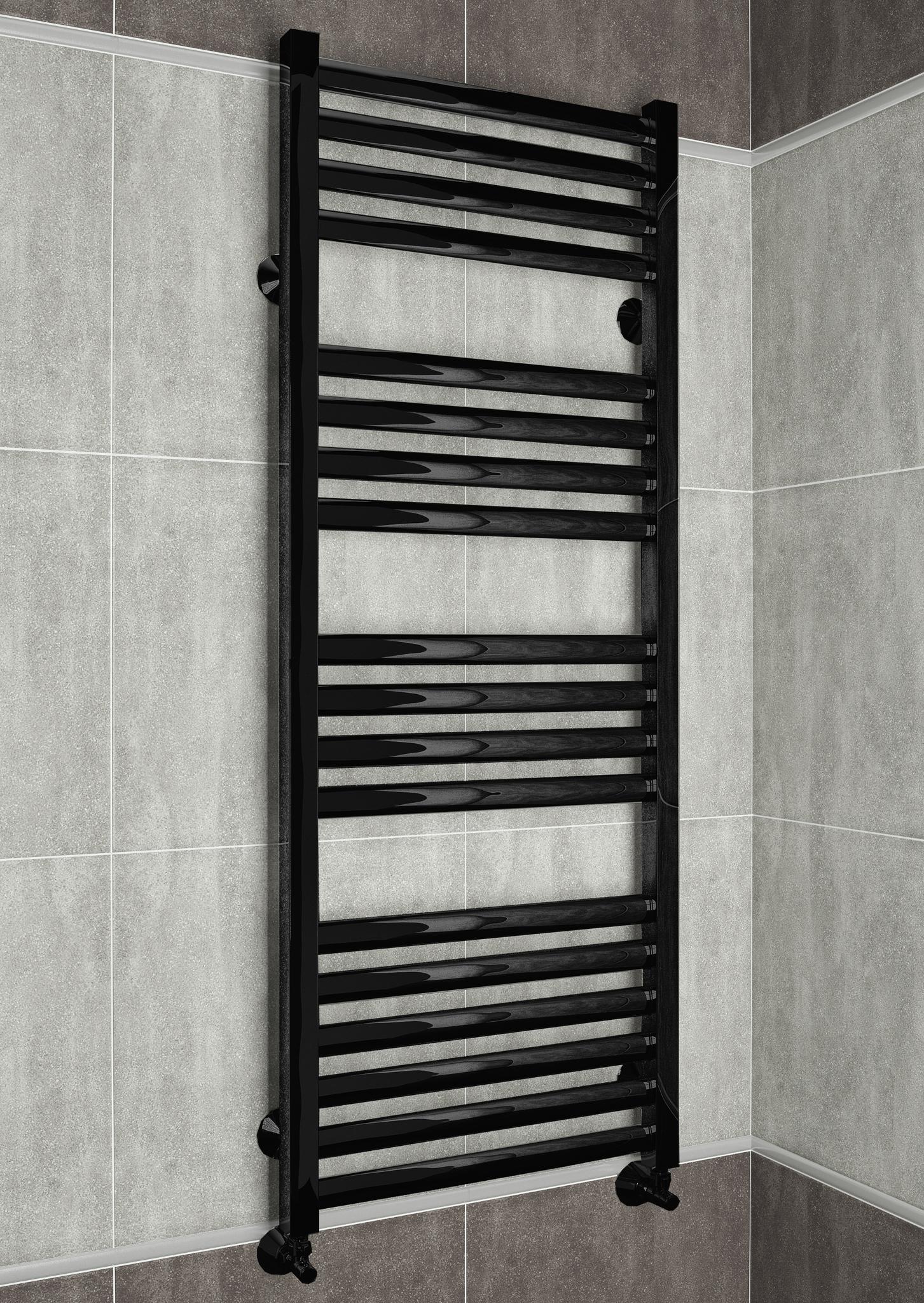 Greta E - черный полотенцесушитель с квадратными вертикалями.