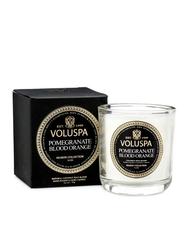 Ароматическая свеча Voluspa Гранат и пачули в маленьком подсвечнике