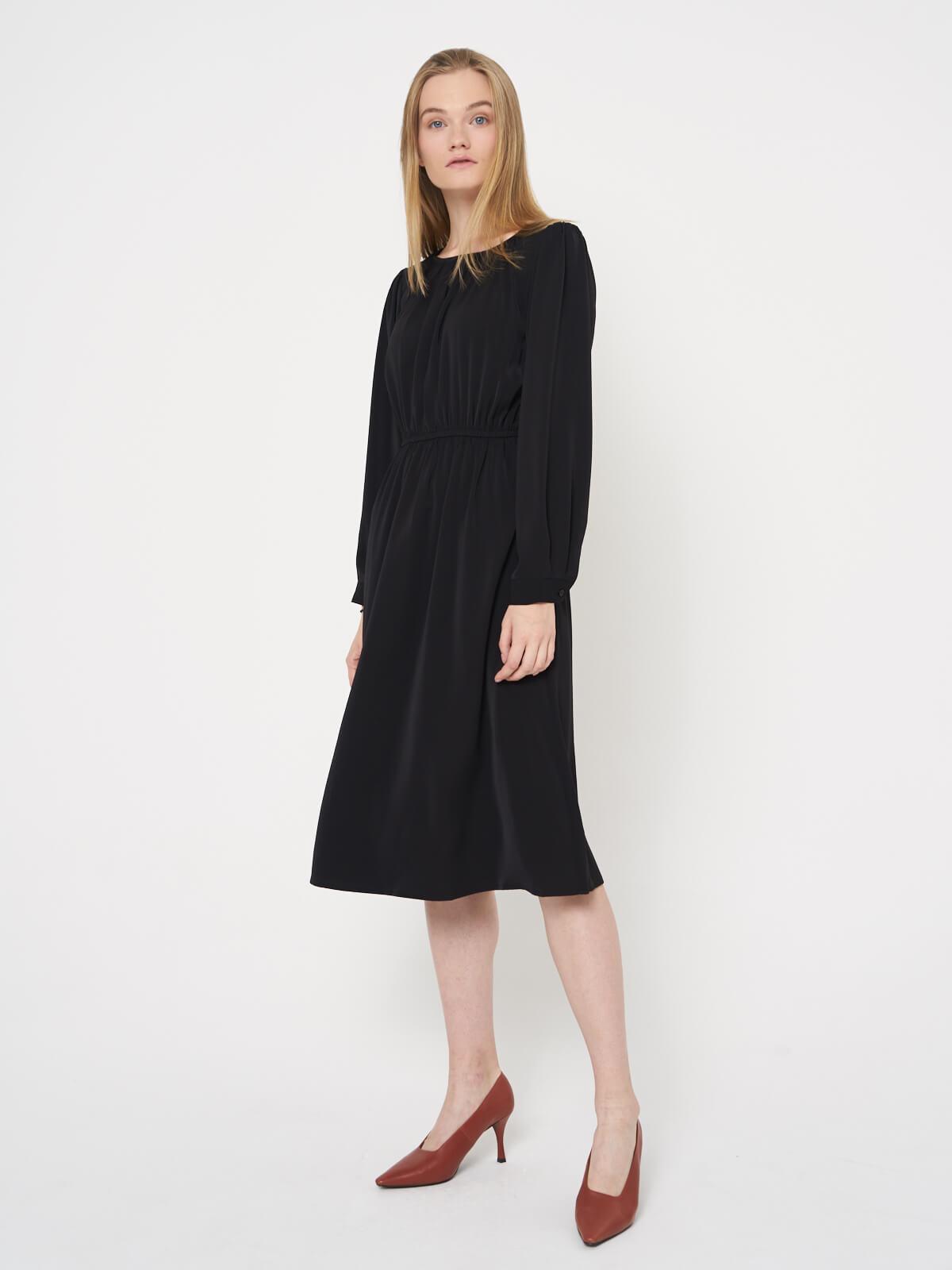 Платье легкое на резинке