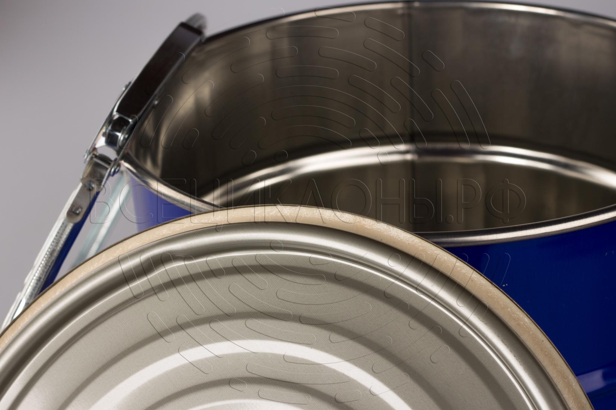 Пылесборник 10л, уплотнитель на внутренней стороне крышки для обеспечения герметичности