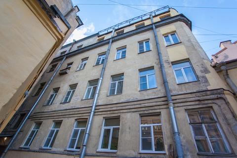 Комната 16м² в 5-ккв в центре Санкт-Петербурга, 2/4 эт. Метро Сенная. Адмиралтейский район.