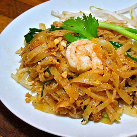 https://static-eu.insales.ru/images/products/1/5879/40589047/hot_thao_noodles.jpg