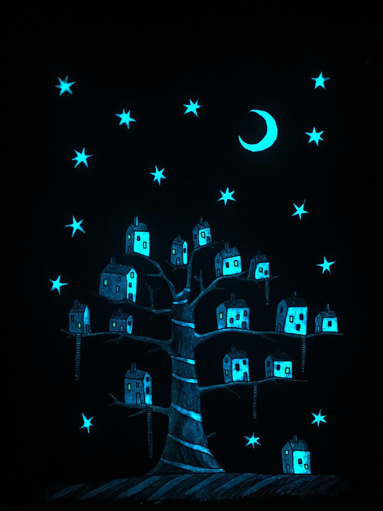 New Moon In Da Neighborhood (glowing)