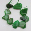 Бусина Агат (тониров) с огранкой, цвет - зеленый, 20-35 мм, нить