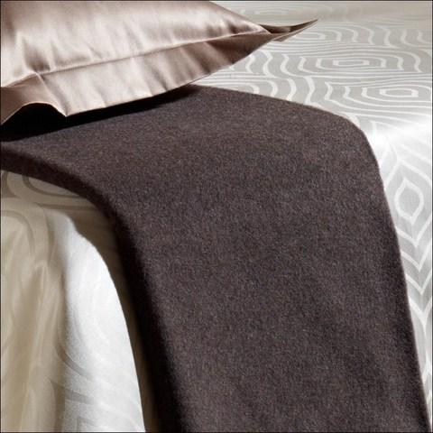 Элитный плед Basic коричневый от Curt Bauer