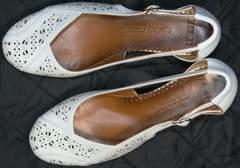 Туфли женские на среднем каблуке Marani Magli 031 405 White.