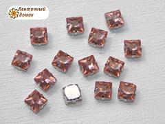Камень квадрат в цапах 8 мм персиковый