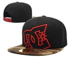 Кепка с логотипом DC Shoes (Бейсболка) черная 02