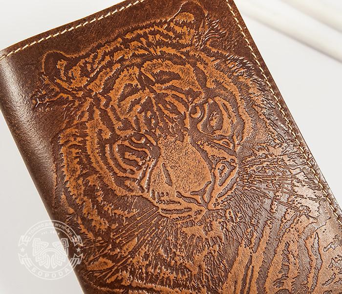 BY14-09-01 Оригинальная обложка на паспорт с тигром, тиснение фото 03