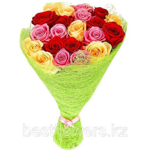 Букет из 21 розы микс (местные)