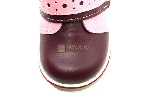Ботинки Лель для девочек кожаные, демисезонные, ортопедические, на липучках, цвет бордо. Изображение 11 из 13.