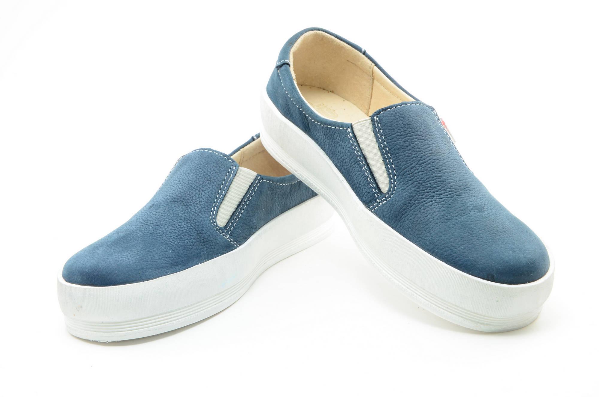Слипоны на толстой подошве кожаные Лель (LEL) для девочек, цвет темно синий