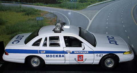 Busch 49023 Автомобиль Ford Crown Victoria ДПС 15 ОТДЕЛ 23