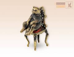фигурка Кот в раздумьях на стуле