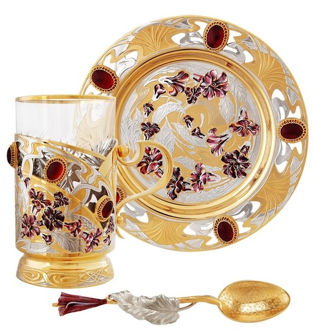 Чайный набор с эмалью и кабошонами граната