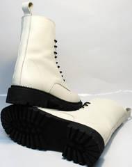 Зимние модные ботинки кожаные с мехом женские Ari Andano 740 Milk Black.