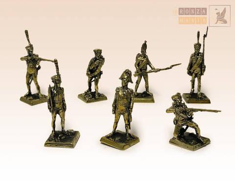 набор солдатиков Русская Императорская Армия - 1812 г. 7 шт.