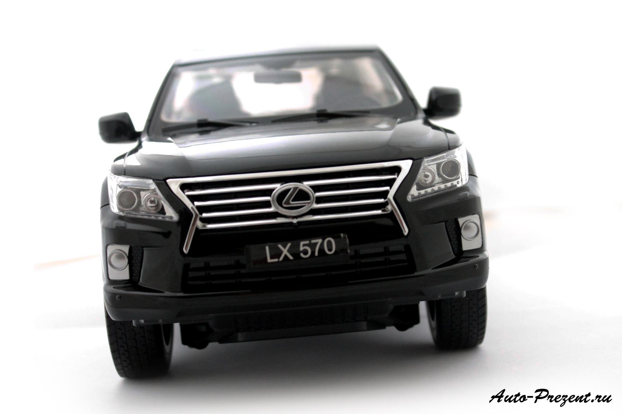 Машинка Lexus LX570 на радиоуправлении