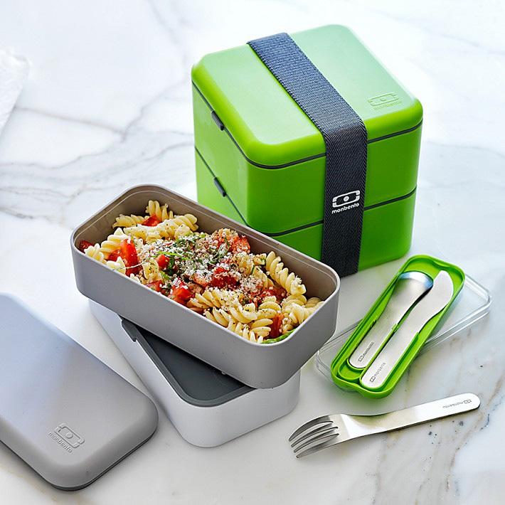 Набор из 3 столовых приборов в футляре Monbento Pocket зеленый