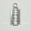 "Подвеска ""Лезвие"" 25х11 мм (цвет - античное серебро)"