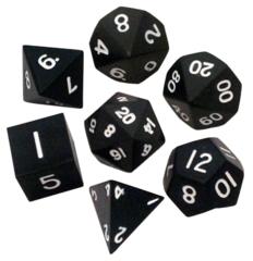 Набор черных разногранных металлических кубиков
