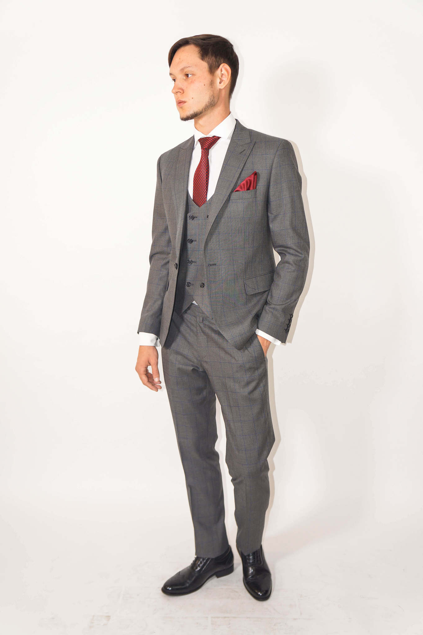 Костюмы Slim fit CESARE MARIANO / Костюм - тройка slim fit DSC01940.jpg