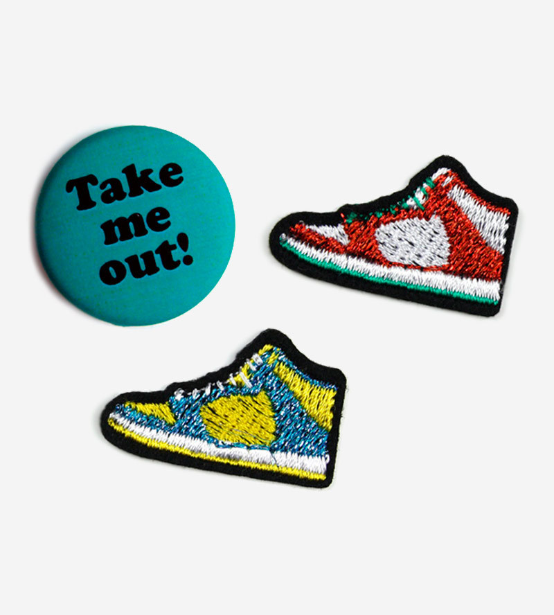 Набор из патчей-заплаток Sneakers и значка