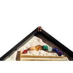 Японский садик Игра цветов (яшма, полудрагоценные камни)
