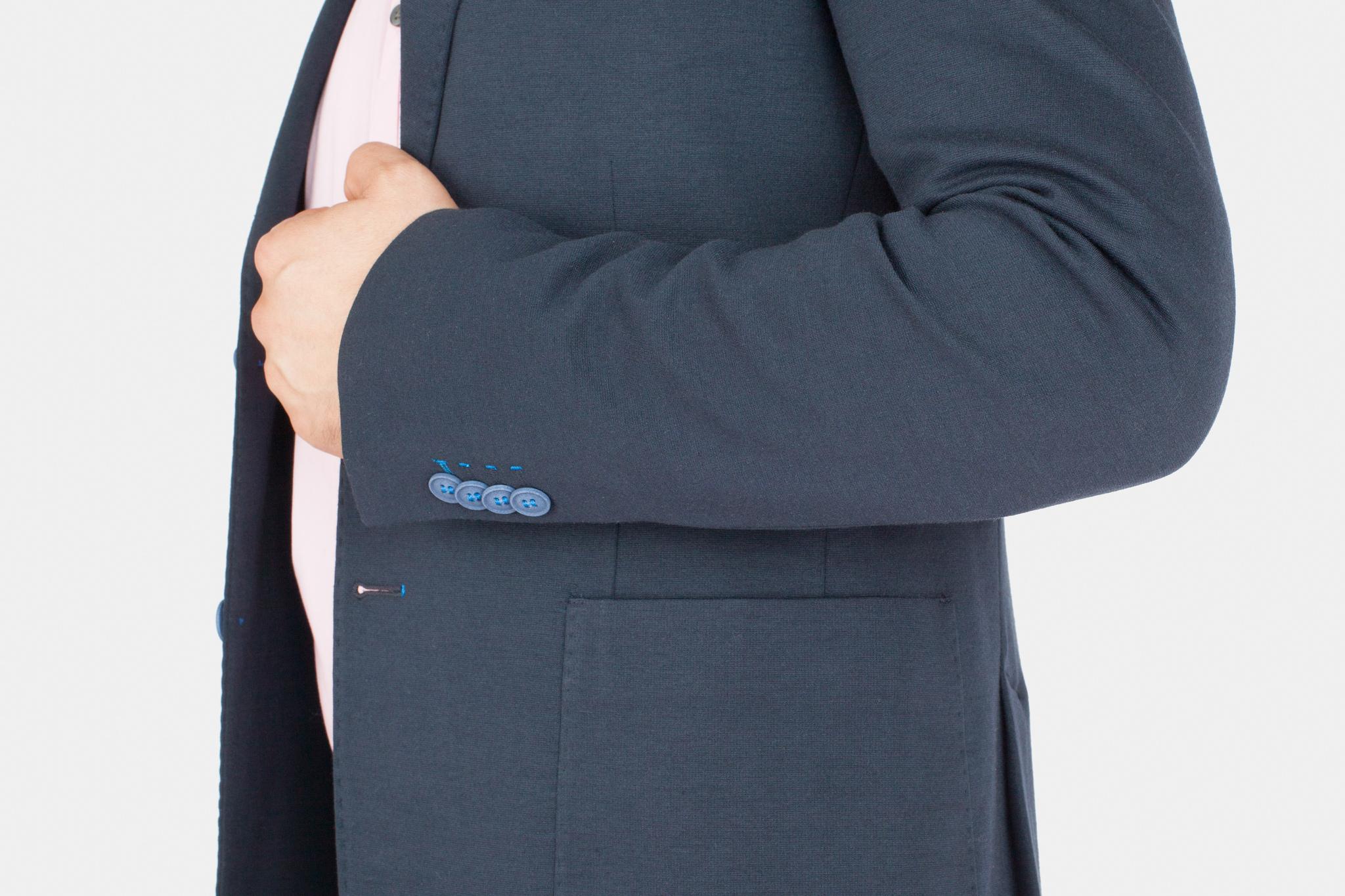 Тёмно-синий трикотажный пиджак из смесовой хлопковой ткани