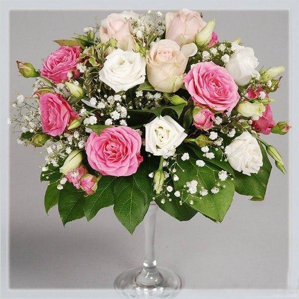 живые цветы на мартинках Алматы