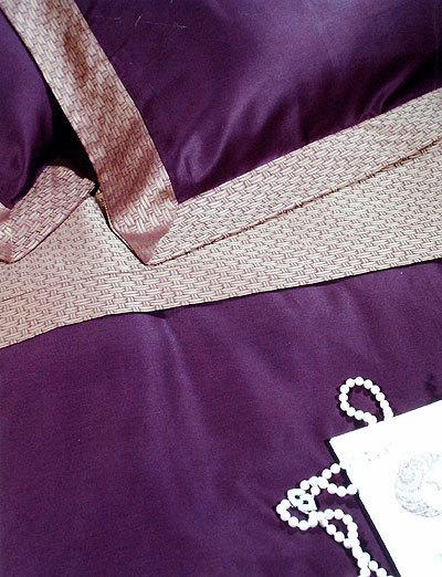 Постельное Постельное белье 2 спальное Cassera Casa Tour Eiffel пурпурное komplekt-elitnogo-postelnogo-belya-TOUR_EIFFEL-ot-cassera-casa-italiya.jpg