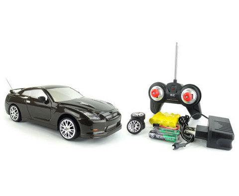 Радиоуправляемая машина для Дрифта Nissan 4WD 21 см (код: 666-220)
