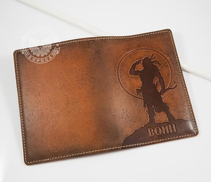 BY14-02-06 Оригинальная обложка на паспорт «Воин», натуральная кожа фото 02