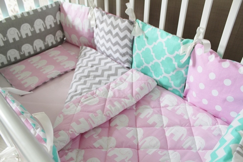 Комплект в кроватку - Розовый слон, на 4 стороны кроватки