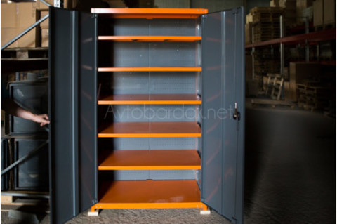 Металлический инструментальный шкаф серии ТВК №1