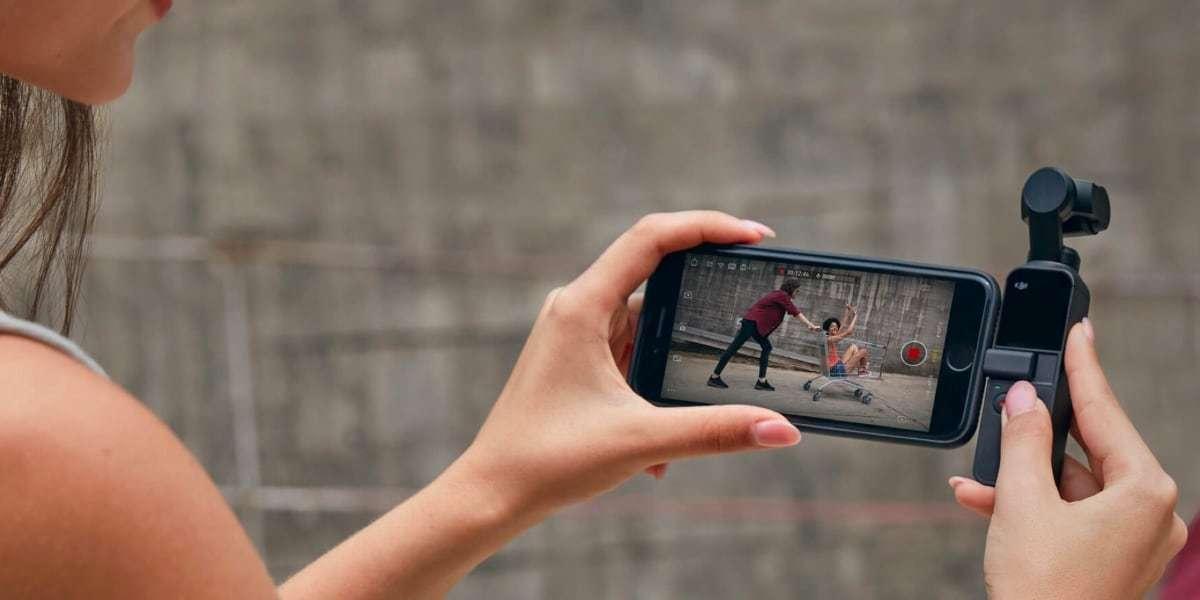 Стабилизатор DJI Osmo Pocket со смартфоном