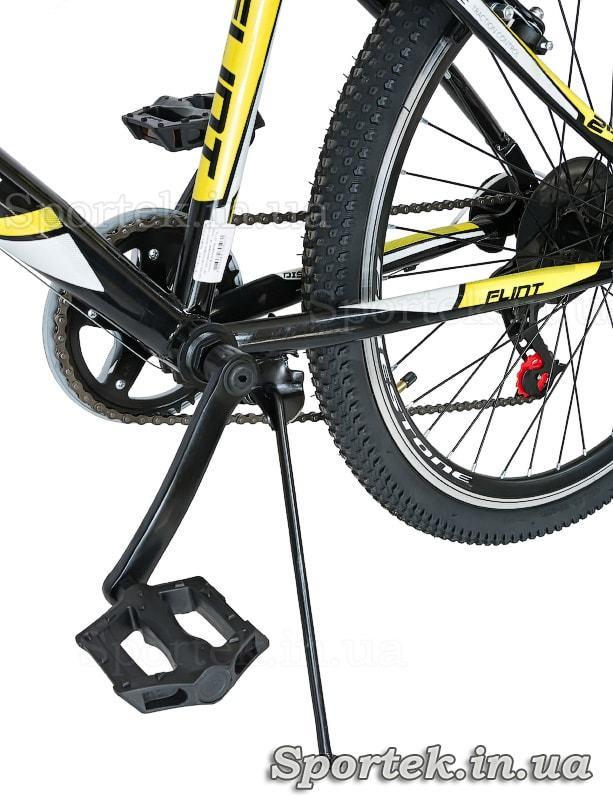 Підніжка і педаль підліткового міського велосипеда Discovery Flint