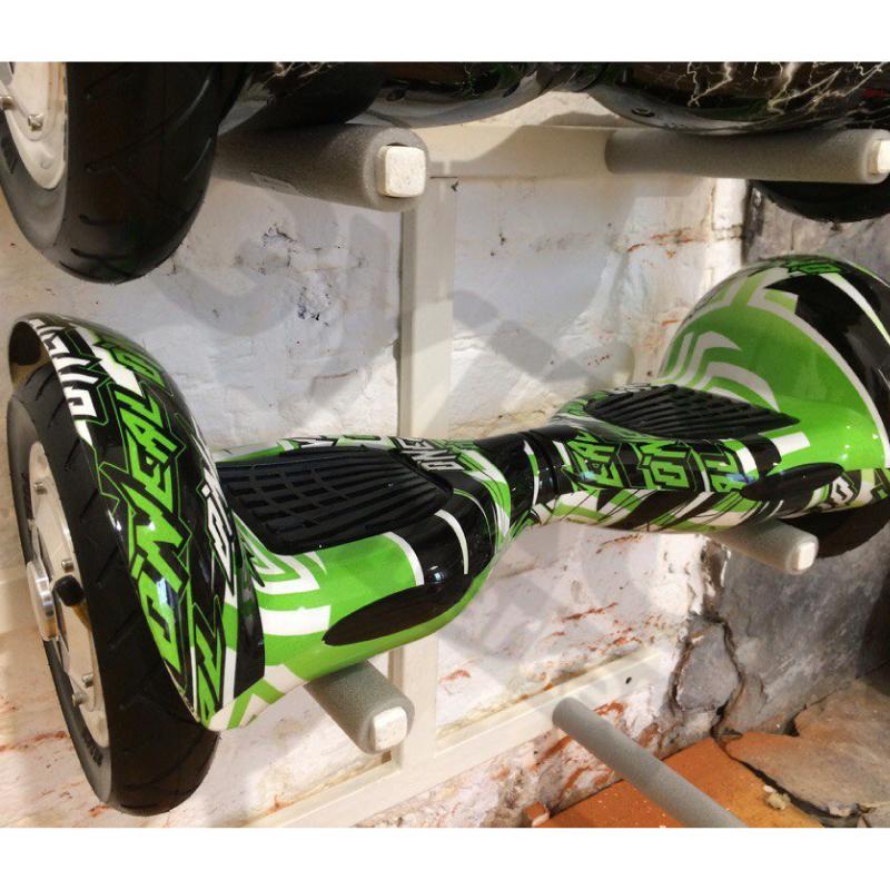 Smart Balance SUV 10  зеленый граффити (Bluetooth-музыка + сумка) - 10 дюймов, артикул: 693975