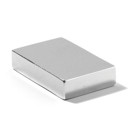 Магнит 20х10х5 мм, N38, никель, неодимовый блок