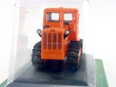 Tractor T-4A 1:43 Hachette #17