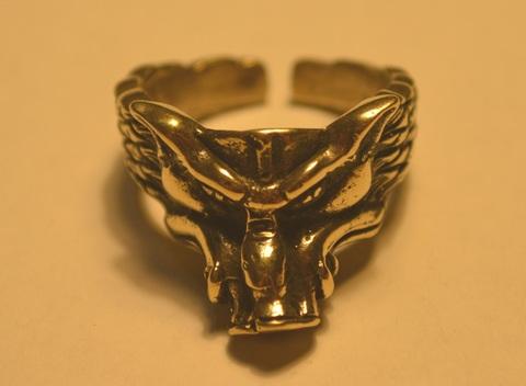 Стильный интересный красивый перстень