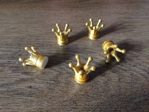 Корона для куклы - золотая