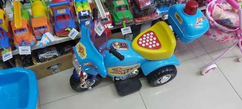 Электромотоцикл на аккумуляторе