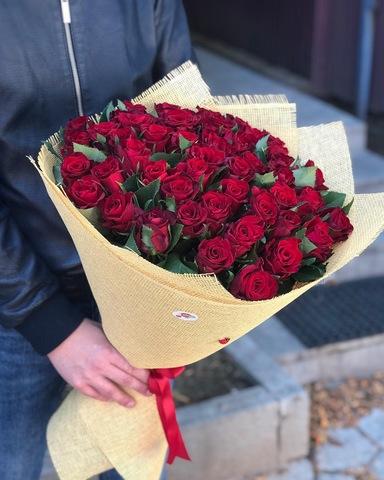 Букет из 51 красной розы (60 см)
